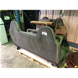 PALLET OF FORD TRUCK SEATS AND GRILLE