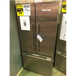 FISHER PAYKEL STAINLESS STEEL FRNECH DOOR REFRIGERATOR - MODEL RF170A