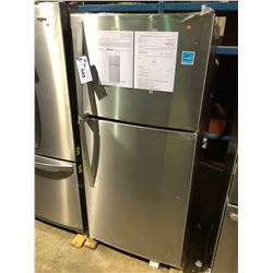 WHIRLPOOL WRT549SZDM STAINLESS STEEL FRIDGE WITH SWING OUT FREEZER