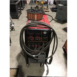 LINCOLN ELECTRIC 256 POWER MIG WELDER WITH SPOOL OF COPPER WIRE