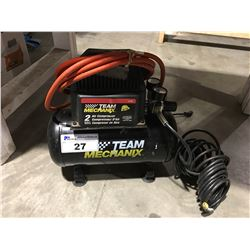 TEAM MECHANIX 2 GAL AIR COMPRESSOR