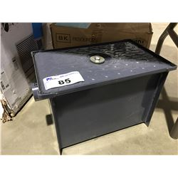 8LB GREASE CAPACITY CARBON STEEL GREASE TRAP