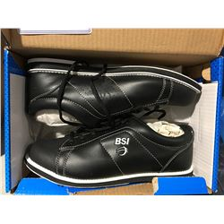 PAIR OF BSI SIZE 10.5 MENS BOWLING SHOES BLACK