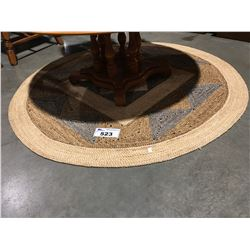 ROUND WOVEN AREA RUG