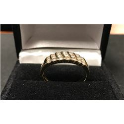 LADIES 14K YELLOW GOLD RING CONTAINING 21 DIAMONDS - APPRAISAL $3710.00