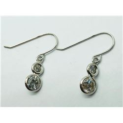 LADIES 14K WHITE GOLD DANGLING DIAMOND EARRINGS - APPRAISAL $950.00
