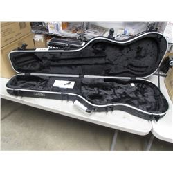 SKB 335 TYPE SHAPED HARDSHELL GUITAR CASE