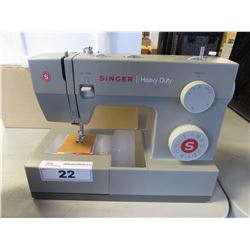 SINGER HEAVY DUTY SEWING MACHINE