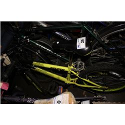 YELLOW/BLACK EVOLUTION OZARK TRAIL 6-SPEED CHILD'S BICYCLE