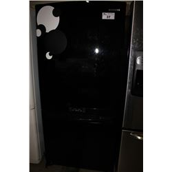 BLACK SAMSUNG FRIDGE/FREEZER
