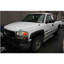 2001 GMC SIERRA, PICKUP, WHITE, GAS, AUTOMATIC, VIN#1GTGC24U71Z129106, 231,149KMS, RD,TH,PL,CR,