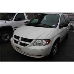 2006 DODGE GRAND CARAVAN, WHITE, 4DRSW, GAS, AUTOMATIC, VIN#1D4GP24R56B654197, 113,028KMS,