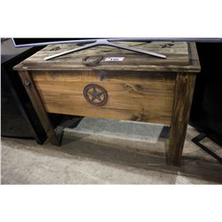 DISTRESSED WOODEN DRINK COOLER