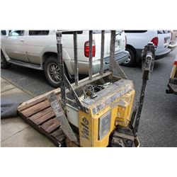 YALE ELECTRIC PALLET JACK - FOR PARTS OR REPAIR