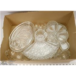 7) 3 DIFFERENT SETS OF SNACK TRAYS & CUPS, 2 TRAYS