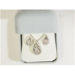 #23)STERLING SILVER CUBIC ZIRCONIA EARRINGS