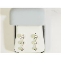 #34)STERLING SILVER CUBIC ZIRCONIA STUD