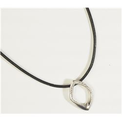#44)STERLING SILVER PENDANT WITH
