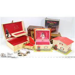 BOX OF 8 VINTAGE JEWELLERY BOXES.