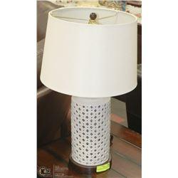 SHOWHOME / FASHION TABLE LAMP