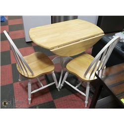 DROP DOWN DININGROOM TABLE WITH 2 CHAIRS