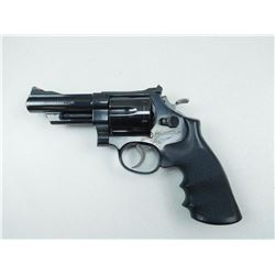 SMITH &WESSON , MODEL: 29-2 , CALIBER: 44 MAG