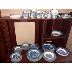 Currier & Ives / Willo Ware Dishes, Approx. 50 Pcs