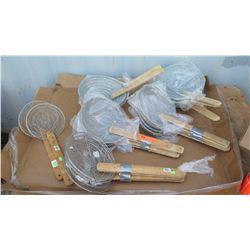 "Qty 19  Round Bamboo-Handled Wire Skimmer 8""-10"""