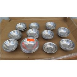 """Qty Approx 100 Stainless Steel Mixing Bowls Approx 6"""""""