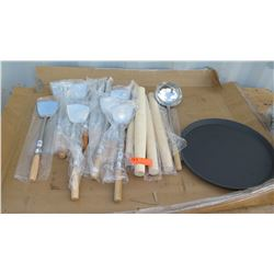 Approx 10 Wok Spatulas, 1 Wok Ladle, Approx 4 French Rolling Pins