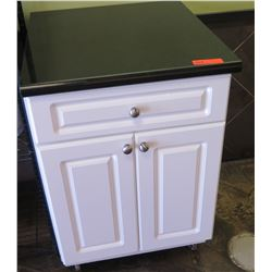 Cabinet Cabinet (Pick-up from Mililani)