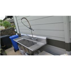 Stainless 3 Basin Dish washing Sink with Faucet