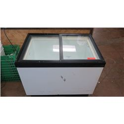 Hussmann SN-090 Sliding Glass-Top Chest Freezer
