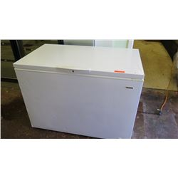 Kenmore Chest Freezer 48 x 28 x 35 H