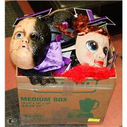 BOX OF ASSORTED HALLOWEEN ITEMS.