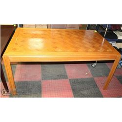 DINING TABLE 60X36X29