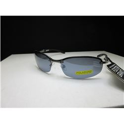 New Foster Grant Penalty Sunglasses / 100% Max block Polarized