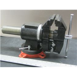 New 5 inch Rotating Vise / flat jaws & rotates for Pipe Jaws