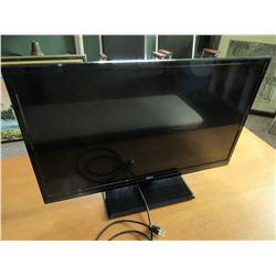 32 inch RCA TV / no remote  / works good