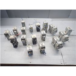 ALLEN BRADLEY *LOT OF 17* MISC. CONTACTORS