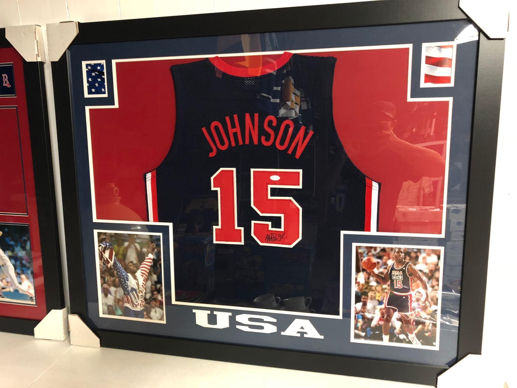 the latest 02ea2 098b9 Magic Johnson Signed USA