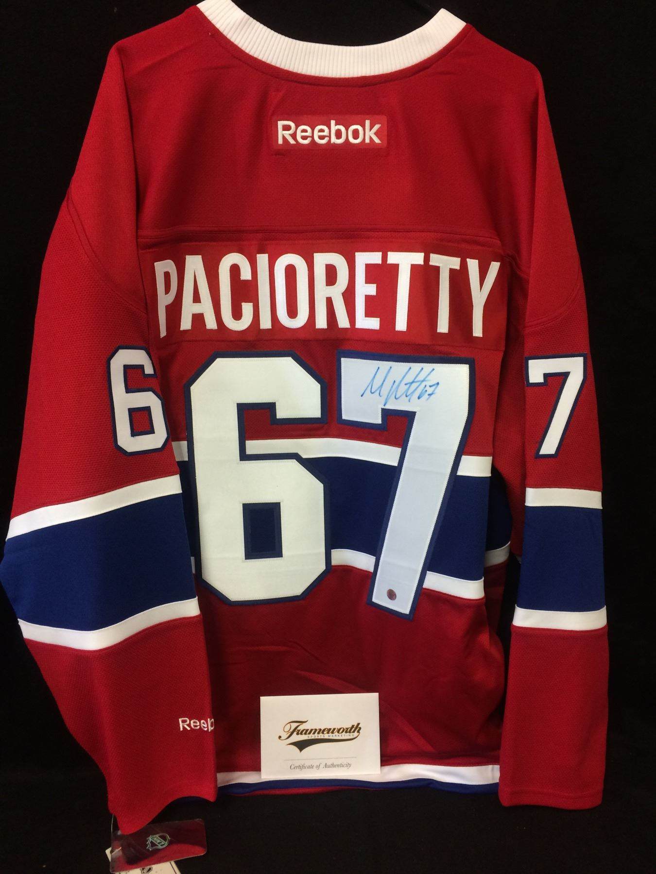 buy popular 50e94 8d966 Max Pacioretty Signed Canadiens Jersey (Frameworth COA)