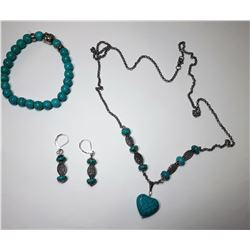 18)  SILVER TONE & TURQUOISE SUITE OF