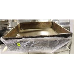 "LOT OF TWO 21"" X 16"" ROASTING PANS"