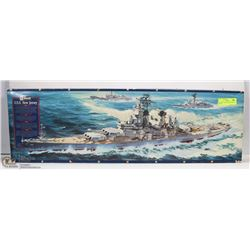 VINTAGE USS NEW JERSEY REVELL MODEL.
