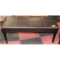 BROWN LEATHERETTE HALLWAY BENCH