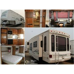 FEATURED 2003 MONTANA 5TH WHEEL