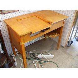 Desk w/ Typewriter Shelf