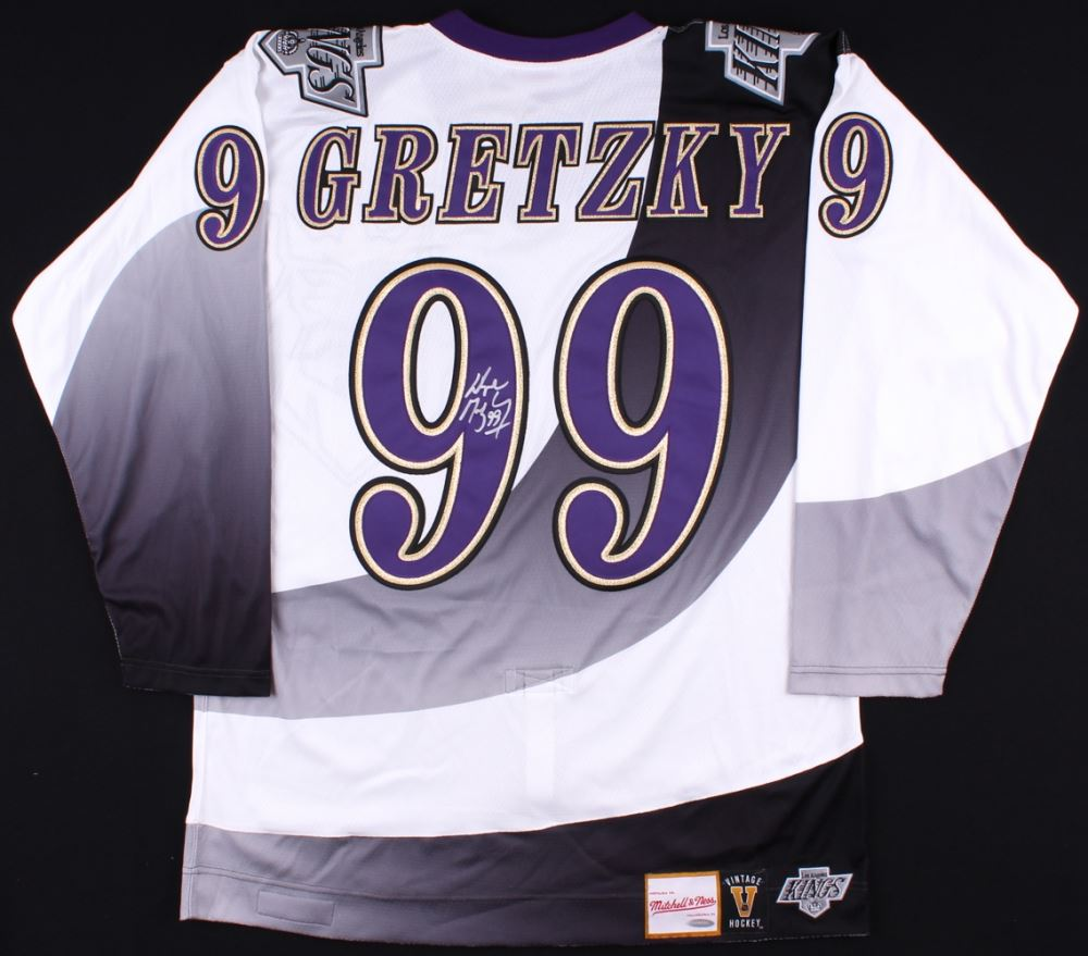 newest dae6b 418c7 Wayne Gretzky Signed Kings Authentic 1995-96 Mitchell Ness ...