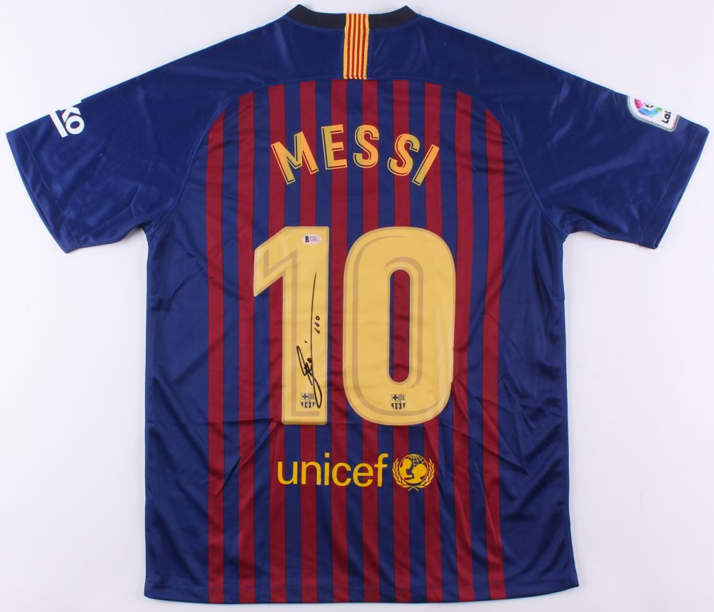 sneakers for cheap a85b5 04f53 Lionel Messi Signed Nike FC Barcelona Jersey Inscribed